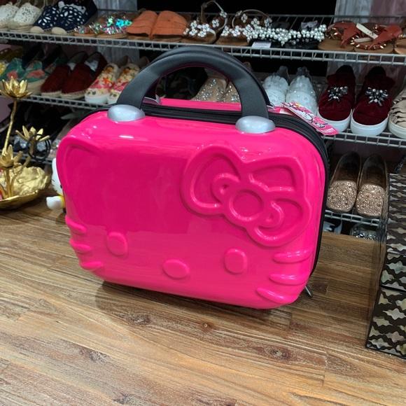 ea3edf324 Hello Kitty Bags | Travel Train Case | Poshmark